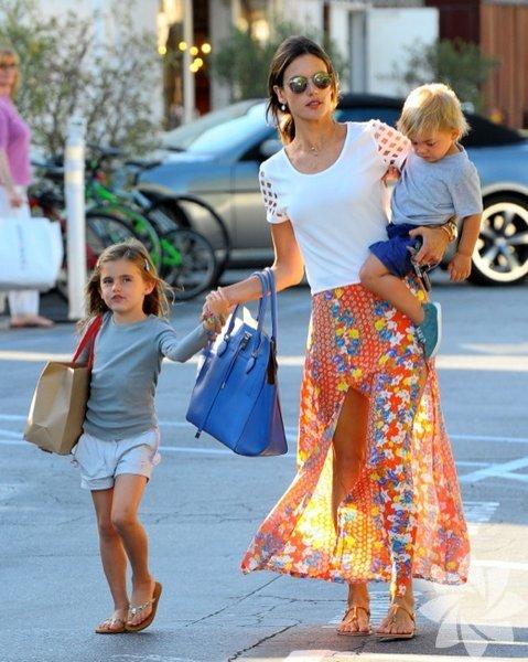 Alessandro Ambrosio, kızı Anja Louise Ambrosio ve oğlu Noah Phoenix Ambrosio Mazur...