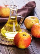 Saçlarınızın dökülmesini elma sirkesiyle engelleyin