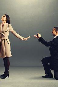 Erkekleri buluşmak için yalvartan 8 sebep!