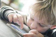 Akıllı cep telefonları çocukları hasta ediyor
