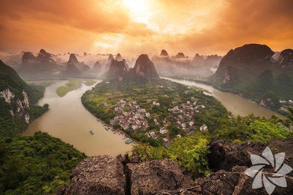 Masallardan çıkmış gibi görünen bu kasabalara hayran kalacaksınız. Yangshou, Çin