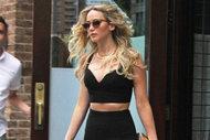 Jennifer Lawrence'ın siyah şıklığı