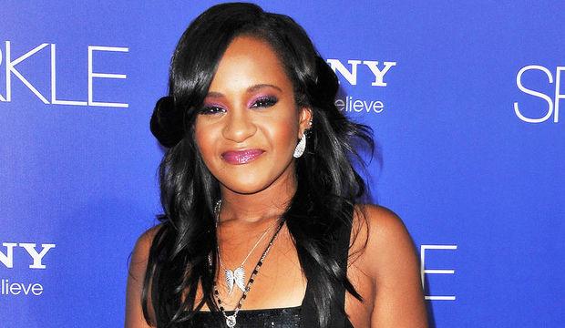 Whitney Houston'ın kızı Bobbi Kristina erken veda etti