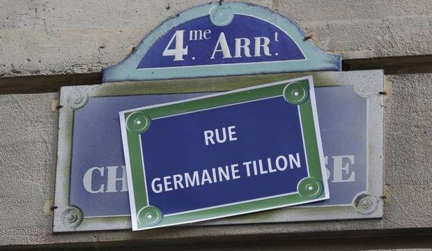 Feministler sokak isimlerini değiştirdi!