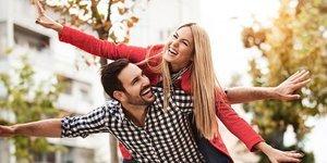 Evliliğinizi daha eğlenceli hale getirmenin 10 yolu