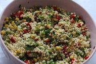 Tavuk ve kuskus salatası
