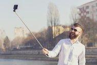 Selfie çekmeyi seven erkeklere dikkat