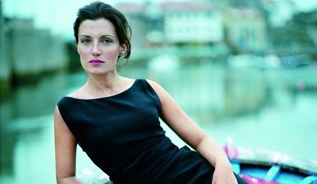 Monica Molina: Starlık mutsuzluk getirir
