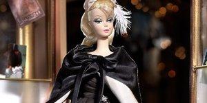 Moda tutkunu Barbie!