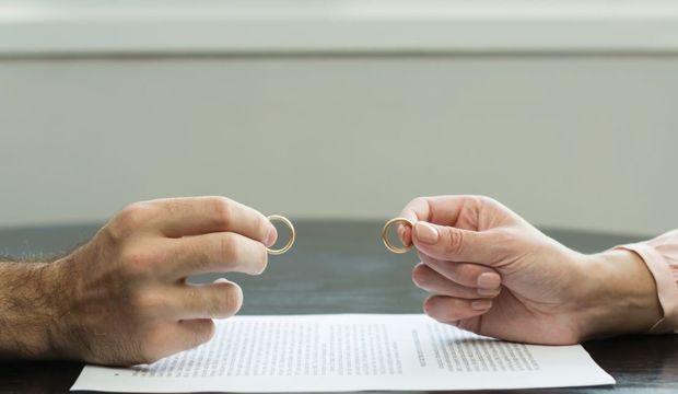 Boşanma evresindeyseniz sosyal medyaya dikkat