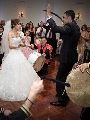 Türk kızının evlenmek için bulduğu garip sebepler...