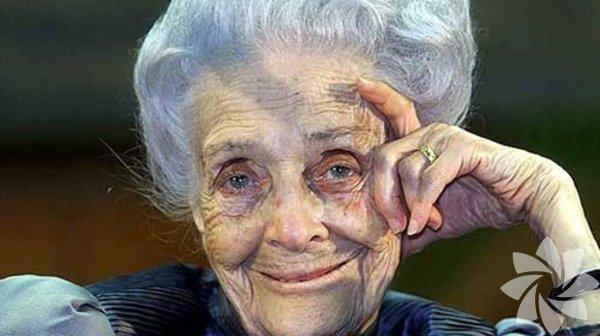 Nobel ödüllü biyolog Rita Levi-Montalcini 2012 yılında 103 yaşında hayatını kaybetti.