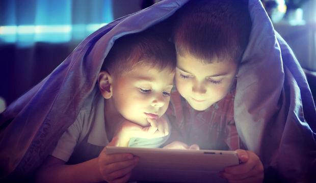 Teknolojik aletler çocukların ruh sağlığını etkiliyor