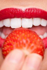 Doğal diş beyazlatma yöntemleri