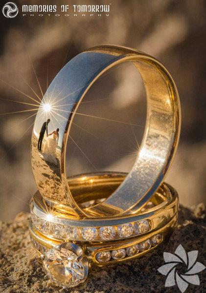 """FotoğrafçıPeter Adams-Shawn, """"Ringscapes"""" adını verdiği fotoğraf stiliyle son zamanların en çok dikkat çeken düğün fotoğrafçılarından biri."""