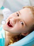 Çocuklar bu yöntemle diş tellerine veda ediyor!