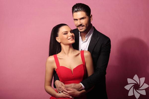 Tolgahan Sayışman, babası Haluk Sayışman ve annesi Ayşe Sayışman ile tescilli güzel Almeda Abazi'yi ailesinden istedi.