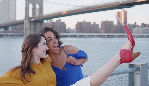 Selfie çılgınlığı estetiğe talebi artırdı