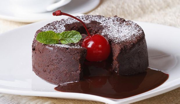 Vişneli çikolatalı sufle