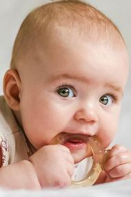Bebeklerde diş çıkarma dönemine dikkat