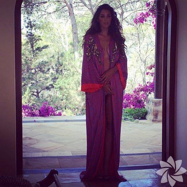 Yolanthe Cabau'nun Instagram paylaşımları
