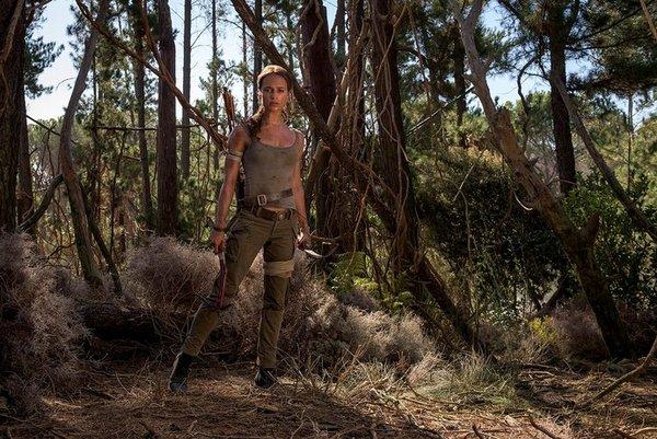 Angelina Jolie ile ikonikleşen Tomb Raider'ın yeniden çekminlerindede yeni nesil Lara Croft'u Alicia Vikander canlandırıyor.