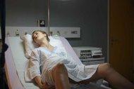 Gereksiz prosedürler doğumda travmaya sebep oluyor