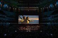 'Orkestra ile bin kat daha duygusal olacak'