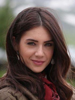 Fulya Zenginer: Aşık olmadan geçen hayat yalandır!