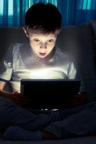 Cebimizdeki bağımlılık: İnternet