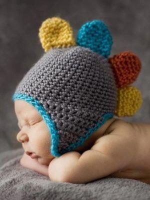 Bebeğinize el örgüsü şapka modelleri