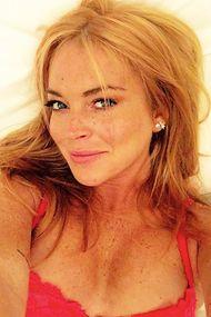 Başörtülü Lindsay Lohan