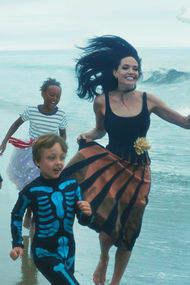 Angelina Jolie ve çocuklarının yeni evi