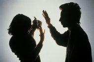 Yetersizlik, erkeği şiddete yöneltiyor!