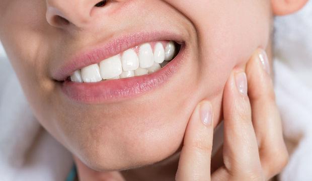 Dişiniz ağrıyorsa üstüne sakın aspirin koymayın!