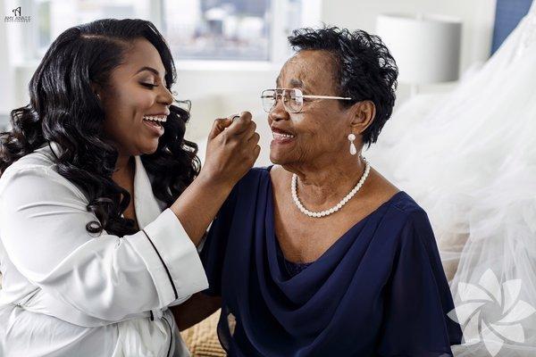 Gelinlerden, büyükannelerine ve anneannelerine özel muhteşem pozlar.