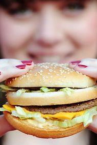 """Mc Donald's açıkladı: """"Hamburger etinde amonyak var"""""""