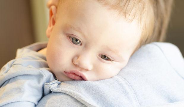 Bebeğinizi öpmeyin öptürmeyin!