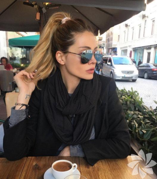 Melis Ayça'nın instagram paylaşımları