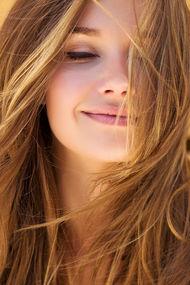 Kadınların saçları neden çok dökülüyor?