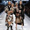 Aile ve arkadaş konseptiyle Dolce & Gabbana Milano Fashion Week