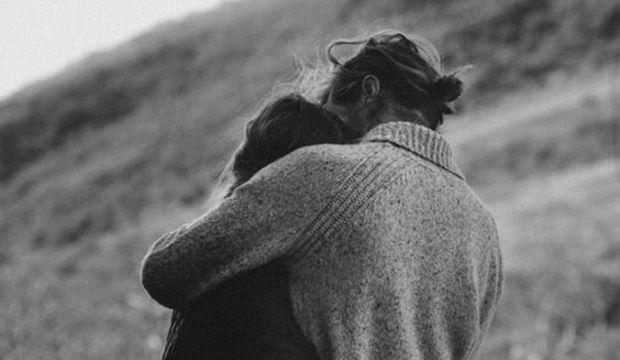 Evliliği kurtarmanın yolu: Sarılmak