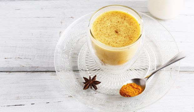 Mucize içecek: Altın süt