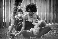 Bir bebeği beslemek…
