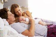 Anneler uykusuz kalıyor, babalar rahat