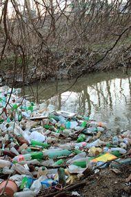 Kullanmayı bırakmanız gereken 8 plastik ürün