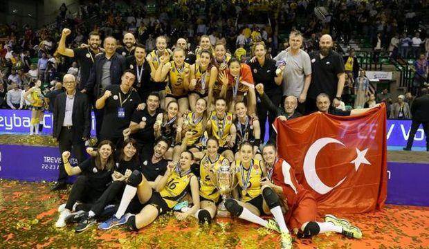 Kadın Voleybol Takımı Avrupa şampiyonu
