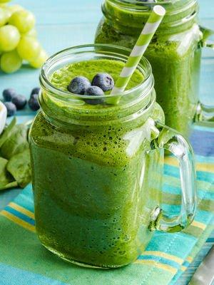 İftar sonrası tatlı yerine yeşil meyve suyu için!