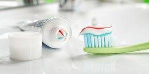 Diş macununu sakın ıslatmayın!