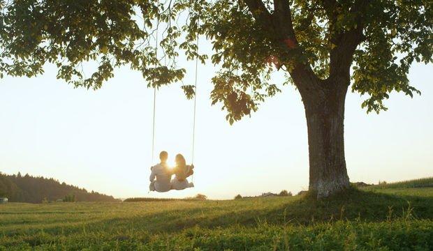 İlişkinin ömrünü baştan belirleyen 6 işaret